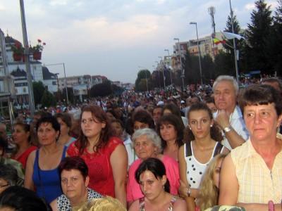 Piata Primarie din Mioveni s-a dovenit neincapatoare la evenimentul organizat de primarul Ion Georgescu