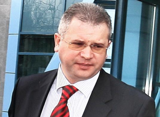 Gnr Ilie Botos, infractor platit de Ponta pentru a-l tine in libertate