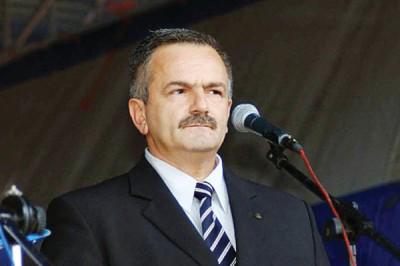 Şerban Valeca a dat lovitura, a reuşit să obţină funcţia de preşedinte PSD Argeş cu o contribuţie personală de 5 000 de euro la Băduleasca