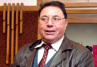 Bastardul primar Ion Dumitru a contribuit la complotul împotriva lui Tecău cu suma de 5000 de euro date ursăreselor