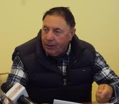 Bastardul primar Dumitru i-a dat multă şpagă lui Mircea Andrei la cosurile de gunoi