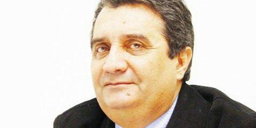 Ion Căpăţână, infractor mare, multe microbuze la piaţă, la Poşircă şpagă multă