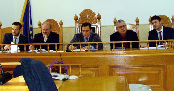 Cei mai mari infractori în robe periculosi din aceasta poza sunt presedintii Curtii de Apel Pitesti si presedintii Judecatoriei Râmnicu Vâlcea si Tribunalul Vâlcea