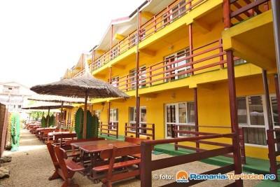 Hotelul ILA din Vama Veche CT al infractoarei Barata, cumparat cu banii furati de a bugetul de stat, primaria Pitesti, CJ Arges etc