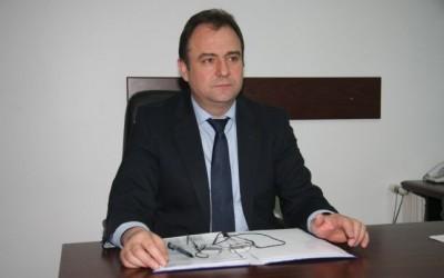 Ionel Ispir, miliţian desăvârşit, şef al IPJ Argeş, corupt total, bani mulţi de la primar