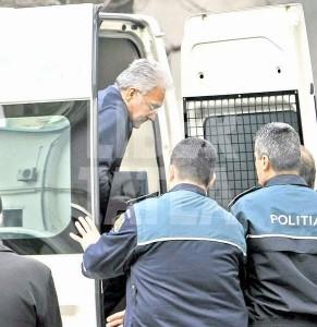 Adrian Videanu mult patrimoniu al primăriei a mai furat şi bugetul de stat.