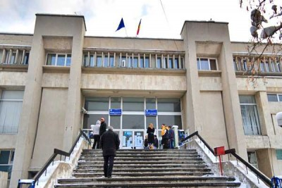 Judecătoria Piteşti, sediul infractoarei Anca Ana Maria MihaiJudecătoria Piteşti, sediul infractoarei Anca Ana Maria Mihai