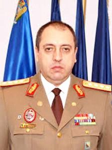 Generalul Marian Hăpău, şeful D.G.I.A. M.A.P.N. escroc ciubucar, comisionar la dosarele la comandă, trafic de informaţii ale M.A.I., aparatura dată pentru afaceri