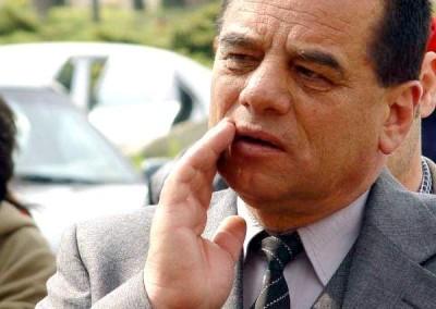 Cornel Ionică, ţigan primar fără frică, care a furat o mare parte din tot patrimoniul primăriei Piteşti