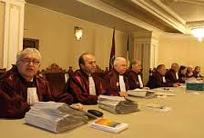 Infractorii CCR care invocă diversiuni în decizii pentru anularea anumitor articole, aliniate, cuvinte din NCP, NCPP, CC şi CPC