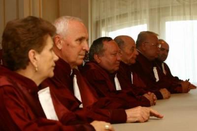 Jigodiile CCR care eliberează decizii pentru milioane de euro