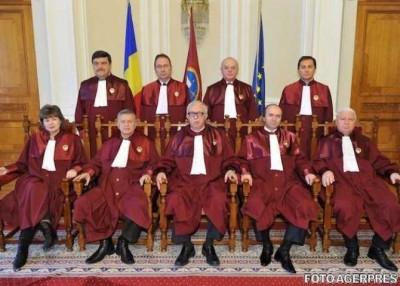Infractorii judecători CCR, diversionişti la articole de lege şi eliberare decizii abuzive pentru suma de 10 milioane de euro