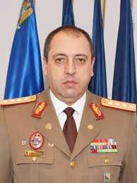Generalul Marian Hăpău, şeful DGIA, escroc din naştere, care trimite ofiţeri la Guvern, Parlament, Cameră, presă, în mod abuziv