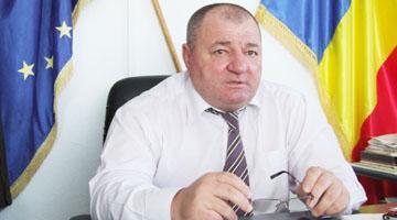 Primarul Ene Florea, com. Moşoaia AG, numai de la un moştenitor fictiv şi-a tras 800 de mii de euro, are sute de fictivi la vânzări