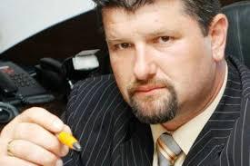 Primarul Frătică Florin, com. Bradu AG, tovarăş cu Udrea şi Cocoş, mii de miliarde de lei vechi în conturile ANAF, lucrări de rahat, banul furat