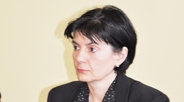 Tatiana Diaconu, escroacă ciubucară care a primit dosarul lui Popescu fără să îndeplinească vreo condiţie,  reducând vechimea de angajare de la 8 ani la 5 ani pentru a-l încadra pe Popescu