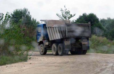 Camioanele primarului Dumitru