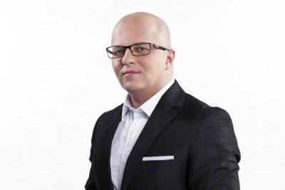 Complotistul diversionist Adrian Ursu