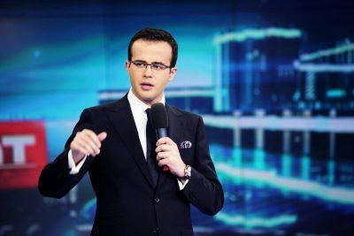 Mihai Gâdea, jurnalist de rahat, a mâncat numai căcat, e bucuros că i-a reușit suspendarea din funcție a lui Coldea, temporar