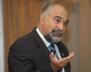 Varujan Vosganian, infractor în Parlament, mâncător de rahat, amenințări în direct de la B1 la Coldea acasă