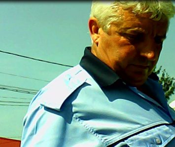 Agent Manea Nicolae, infractor în uniformă cu grade, la anchete sociale