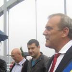 Primarul orasului Mioveni la inaugurarea podului Mioveni